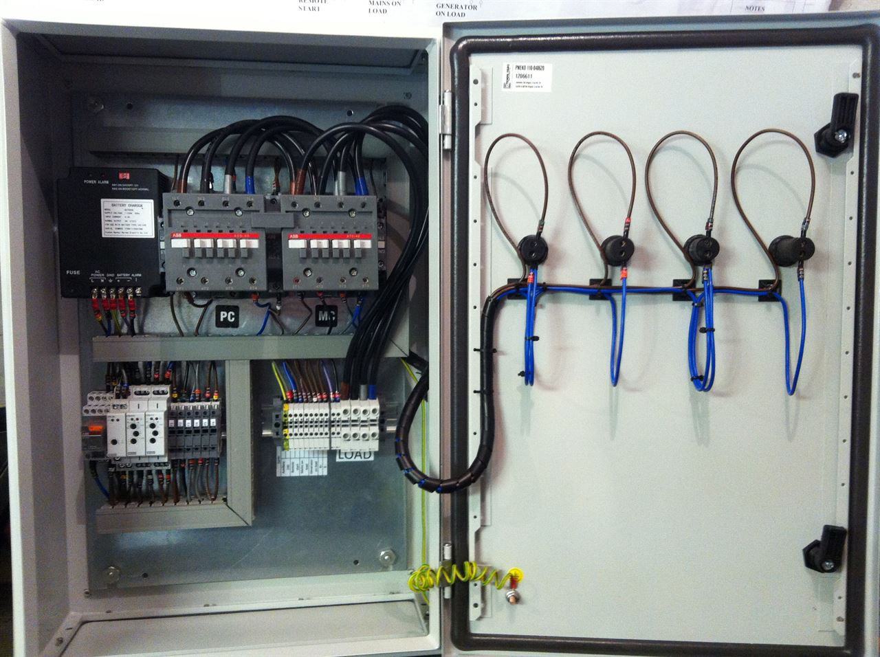 ... Picture of Changeover ATS - 800 Amp ABB 3 Phase N
