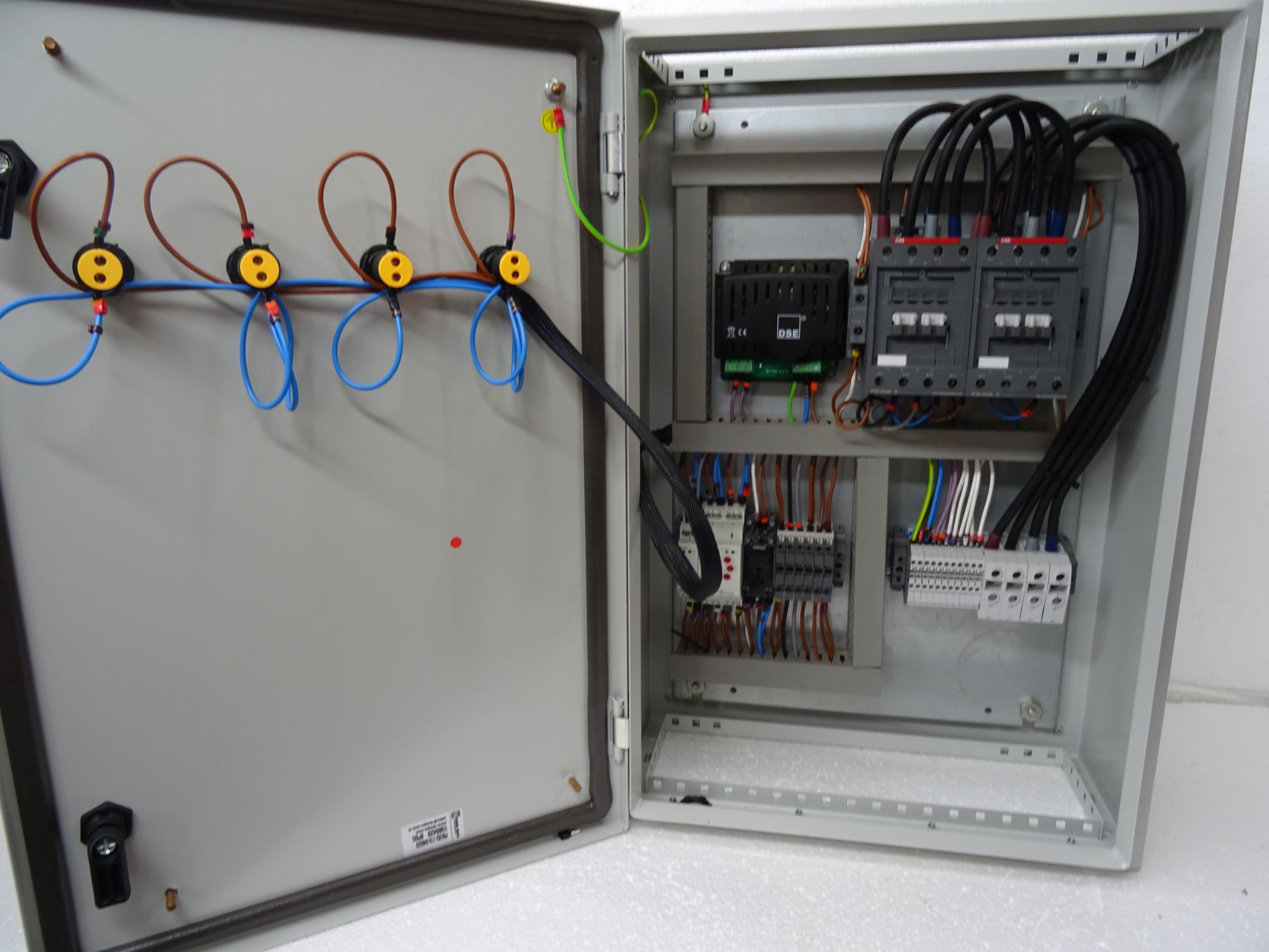 Automatic Transfer Switch Panelautomatic Switches Manual Generator Wiring Diagram Further Remote Picture Of Changeover Ats 125 Amp Abb Single Phase